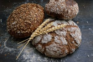 Can Your Gut Bacteria Predict Your Weight Loss Success On A Wholegrain-Rich Diet?